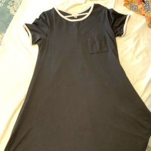 LLR Carly. Black/white. Worn 2x. Good condition